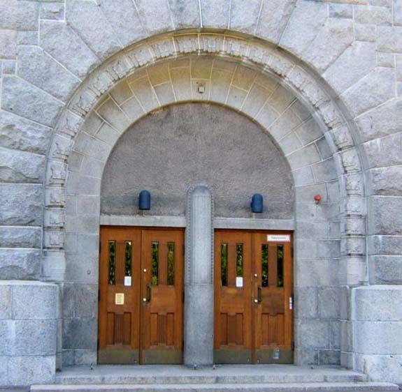Deuren Kallio Kerk (foto door Anoniem)