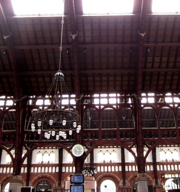 Het houten dak van station Kopenhagen
